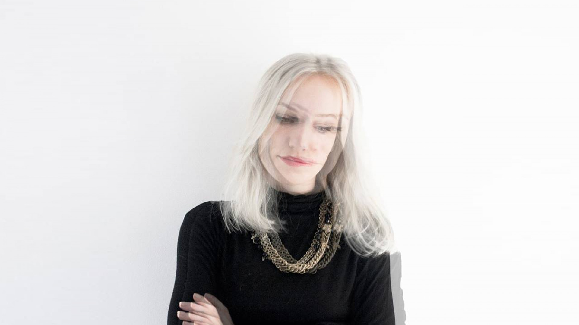Projektantka, Justyna Wasiluk-Ptaszyńska, absolwentka Politechniki Białostockiej na kierunku architektury wnętrz. Z zamiłowania również ilustrator. Fot. Home And Wood