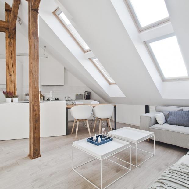 Mieszkanie na poddaszu: zobacz piękne, jasne wnętrze w Gliwicach