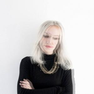 Każda przestrzeń jest łamigłówką: wywiad z Justyną Wasiluk