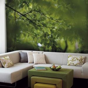 """""""Leśna"""" fototapeta marki Mr Perswall. Świetny sposób na odświeżenie ściany w salonie. Fot. Mr Perswall."""
