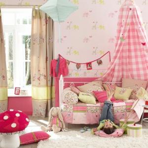 Kolekcja tapet Little Friends od marki Camengo - piękne kolory i wzory, które odnajdą się w pokoju niemowlaka, ale i starszego dziecka. Fot. Camengo.