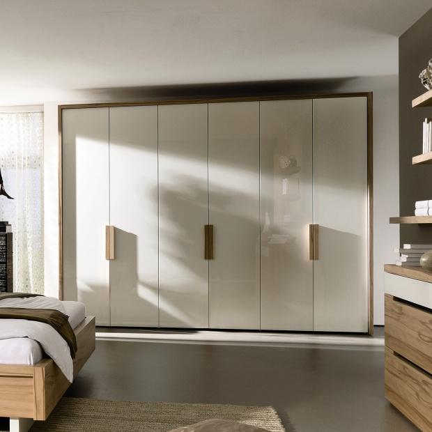 5 pomysłów na szafę w sypialni