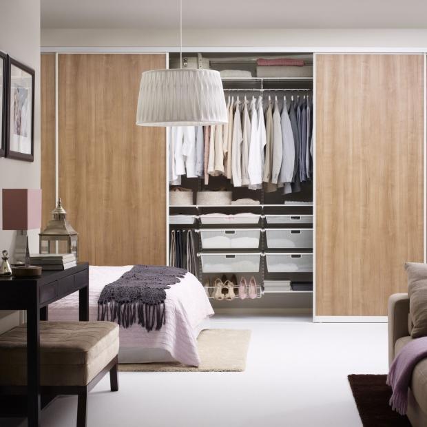 Sypialnia z garderobą – 12 nowoczesnych rozwiązań