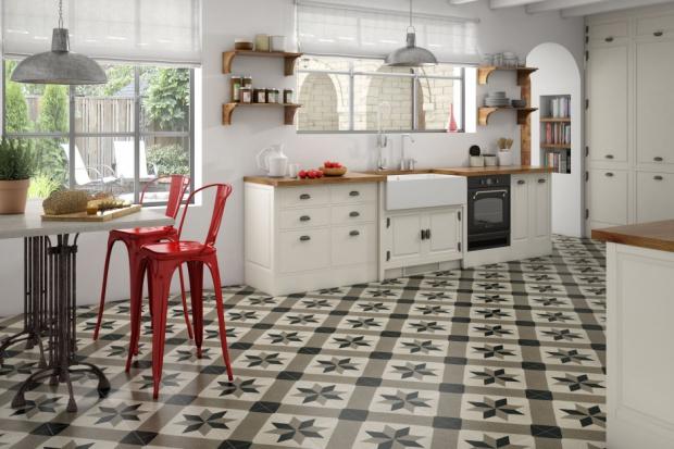 Nie masz pomysłu na płytki do kuchni? Sprawdź modny patchwork!