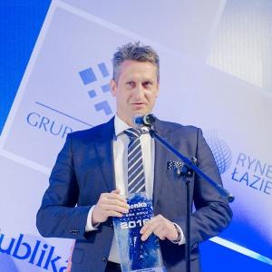 System podwójnego natrysku Kludi Freshline zdobywa główną nagrodę w konkursie Łazienka Wybór Roku 2016. Fot. Kludi