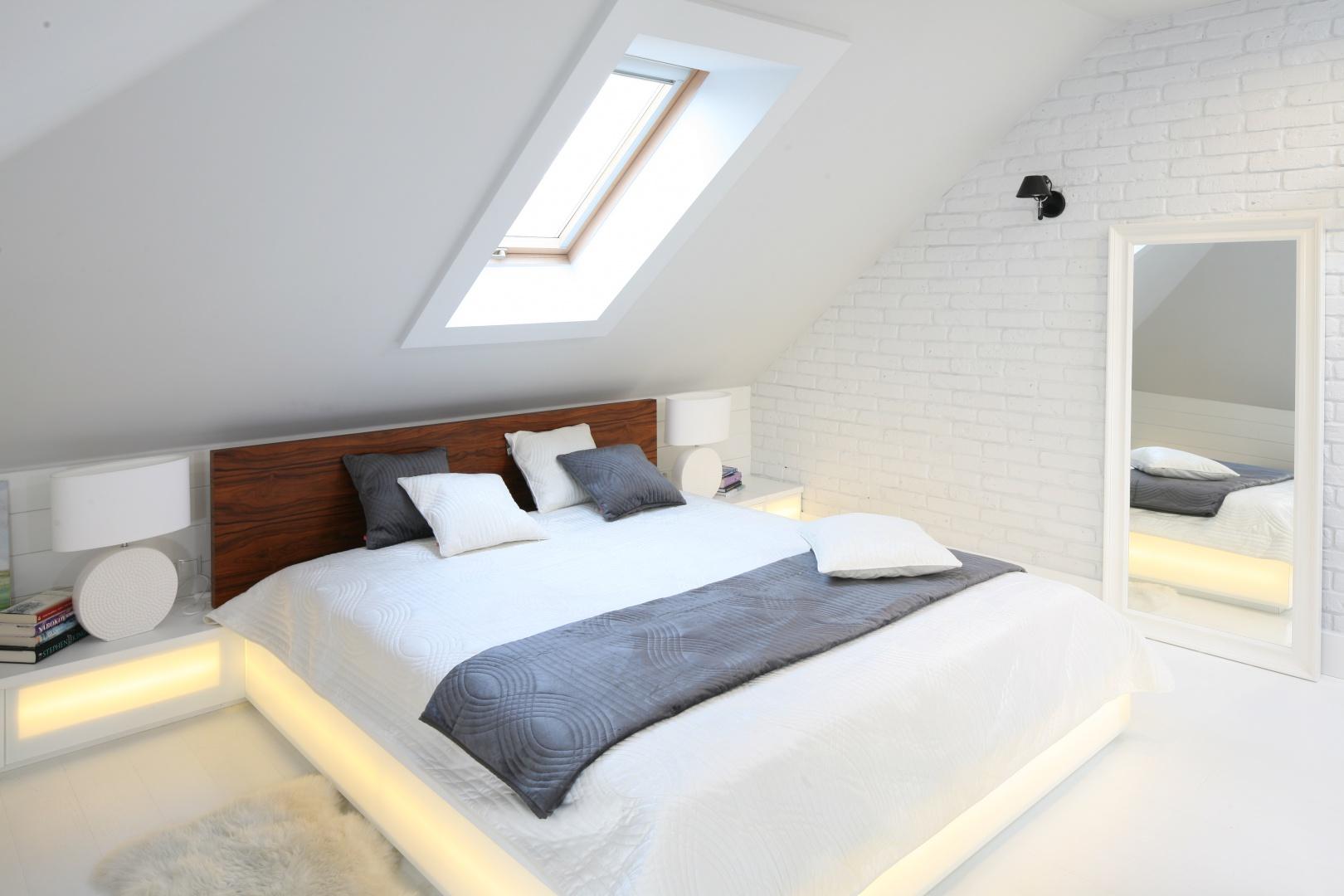 Sypialnia Na Poddaszu Tak Urządzili Inni Przegląd
