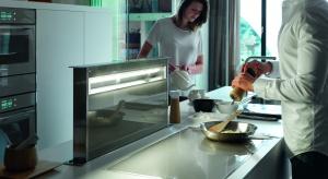 Myślący okap, blat kuchenny z polem do bezprzewodowego ładowania smartfonów, kuchnia idealnie dopasowana do trybu życia użytkownika - takie cuda tylko w Mediolanie.