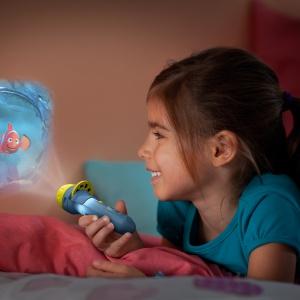 Kolekcja obejmuje nie tylko nocne lampki, ale również projektory. Fot. Philips Lighting