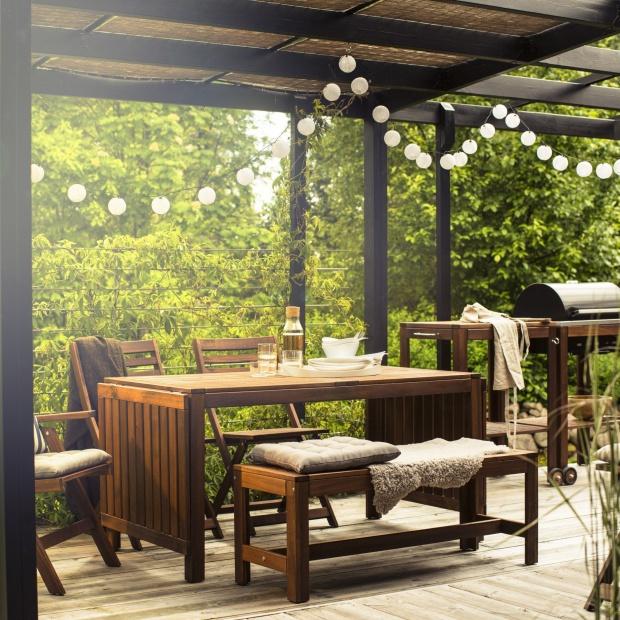 20 pomysłów na aranżację balkonu i tarasu. Przygotuj się na lato!