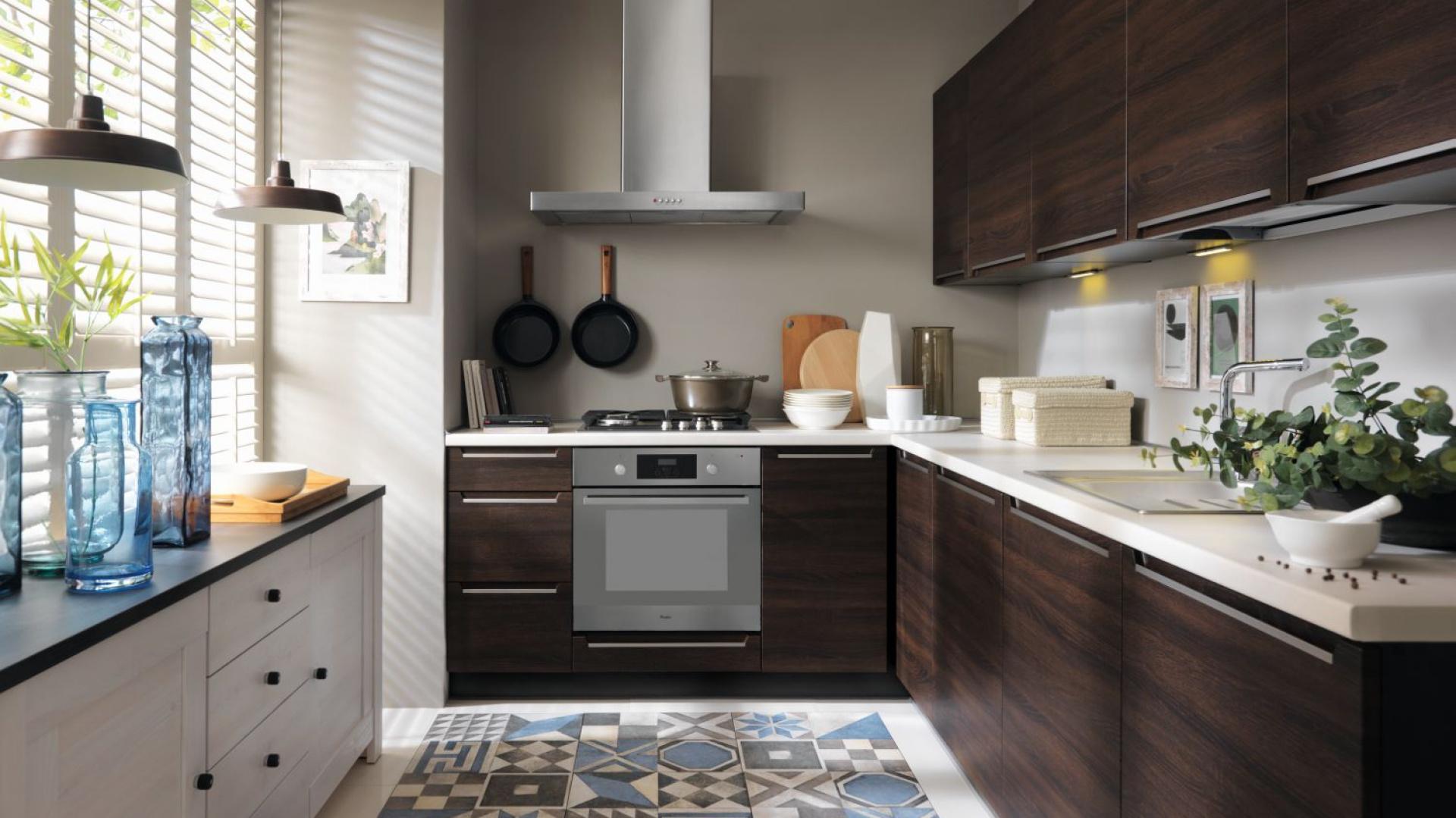 Modna Kuchnia 10 Pomysłów Na Ciemne Meble