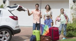 Weekendy w połączeniu ze słoneczną pogodą zachęcają do kilkudniowych wyjazdów. Jak zabezpieczyć mieszkanie, aby nie paść ich ofiarą w trakcie zbliżającej się majówki?