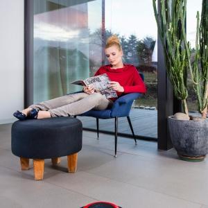 Robomop Virobi Slim posprząta mieszkanie, podczas gdy domownicy mogą się oddać relaksowi. Fot. Vileda