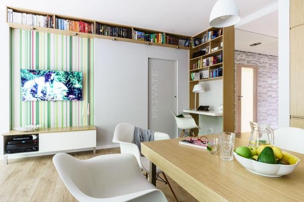 Biblioteczka w domu: 12 super pomysłów projektantów