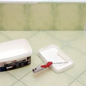 Autorki bloga Pani to Potrafi przeprowadzają metamofozę łazienki. Fot. Anna Droz