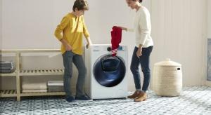 Dzięki funkcjiAddWash w pralce Samsung możesz dodać zapomnianą rzecz nawet w trakcie trwania cyklu prania.