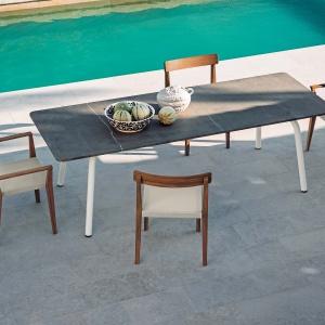 Krzesła i fotele Teka marki Roda. Fot. Roda