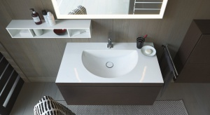 Aby spełnić najwyższe standardy wzornictwa w łazience, Duravit opracował nową, innowacyjną metodę.To nowy trend: umywalka z szafką są łączone w sposób niemal niezauważalny.