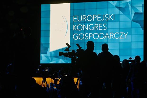 Wiele wskazuje, że będzie to Kongres wyjątkowy. Bo też odbywa się w momencie szczególnym dla przyszłości Europy. Zapraszamy nainternetowe transmisje wideo.