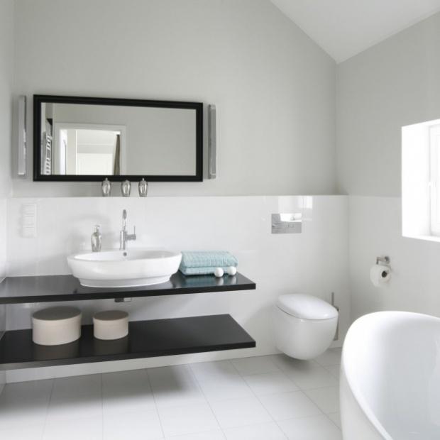 Modne pomysły na łazienkę na poddaszu
