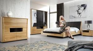 Choć sypialnia to domowa oaza spokoju, jej aranżacja nie musi być nudna i zachowawcza. Odrobinę dynamiki w tym prywatnym zakątku zbudują geometryczne wzory i motywy.