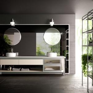 Marka Diesel we współpracy z meblarską firmą Scavolini stworzyły koncepcję łazienki Open Workshop, urządzonej w nowoczesnym industrialnym stylu, zainspirowanym laboratoryjnymi przestrzeniami. Nie mogło w niej zabraknąć oczywiście okrągłych luster. Fot. Scavolini