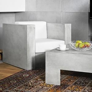 Wygodne siedzisko z betonu? Jak najbardziej. Wystarczy, że na dowolnu kształt położymy miękkie poduchy. Fot. Morgan&Moeller
