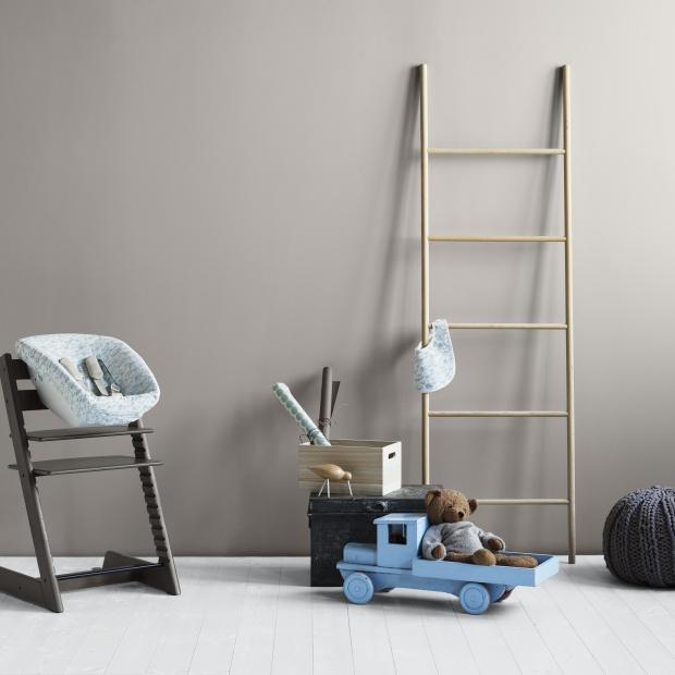 Krzesełko rosnące razem z dzieckiem: mebel dla każdego rodzica