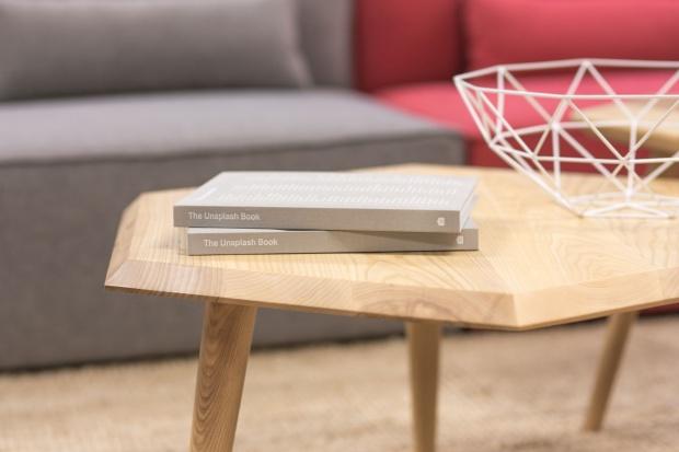Naturalne drewno w domu - jak je zabezpieczyć