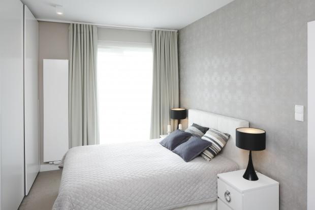 Jasna sypialnia: 12 pięknych zdjęć z polskich domów