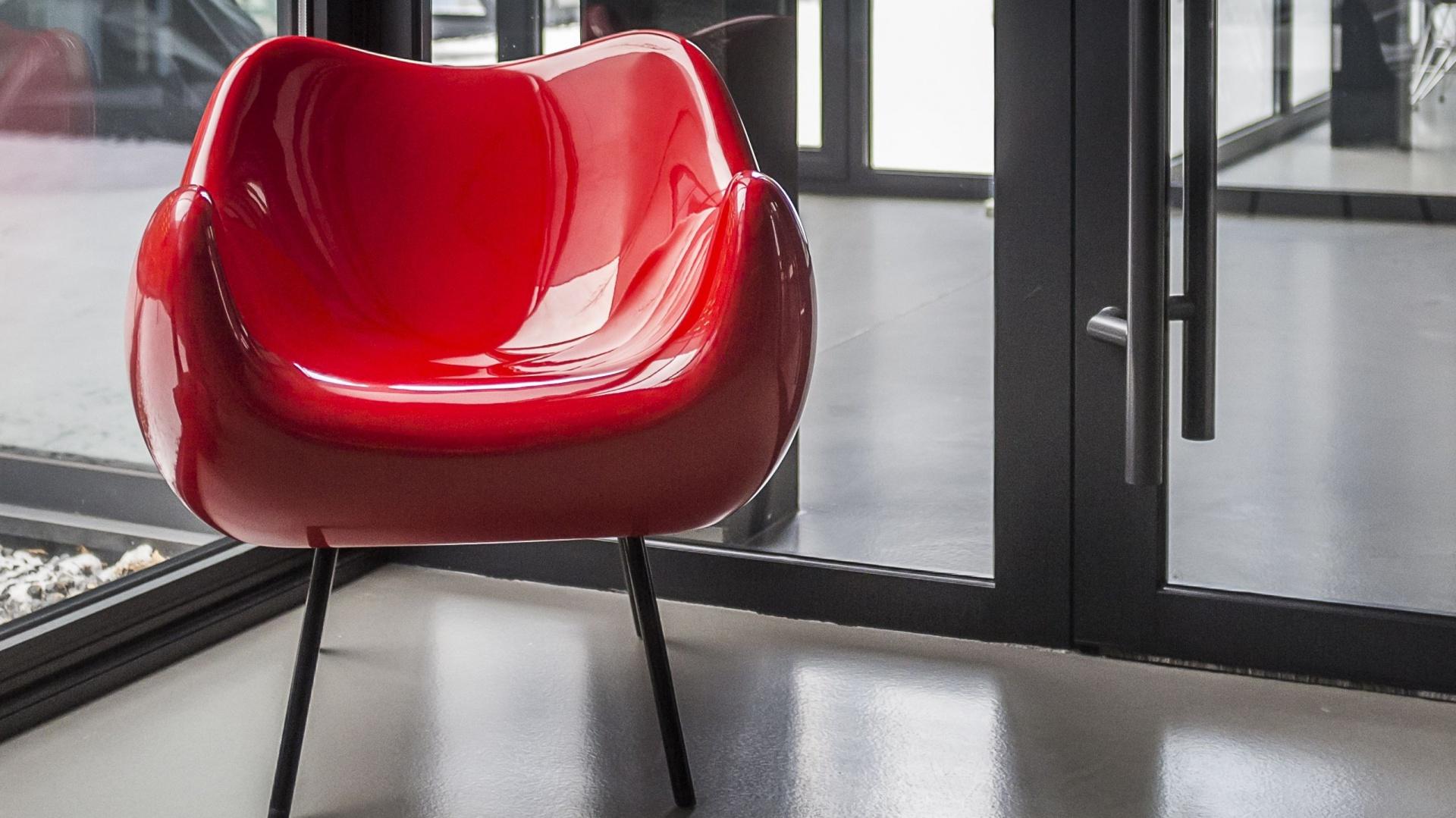Fotel RM 58 w nowoczesnej odsłonie. Fot. Vzór