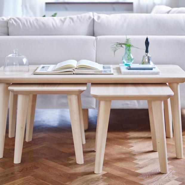 Seria stołów produkowanych w Polsce z Red Dotem