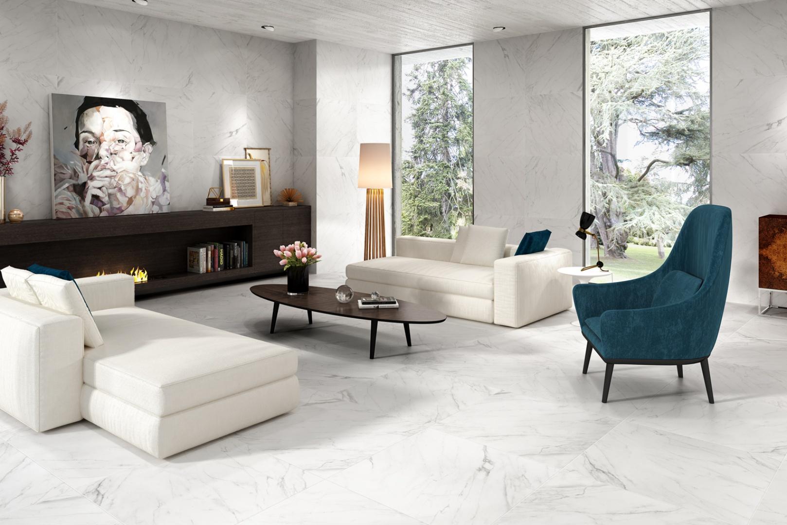 Płytki imitujące marmur z kolekcji Evoque Keraben w białym kolorze o matowym wykończeniu doskonale ozdobią zarówno ściany, jak i podłogi. Na zamówienie. Fot. Keraben
