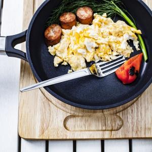 Śniadanie pod gołym niebem. Fot. Ambition