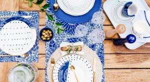 Indygo – ten głęboki odcień mieszczący się w palecie barw pomiędzy niebieskim<br />i fioletowym to niezaprzeczalnie najmocniejszy kolor tego sezonu.