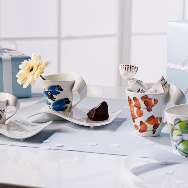 Elegancka porcelana w kolorze: postaw na morskie motywy