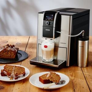 Caffe Latte z ciastem kawowo-bananowym. Fot. Nivona