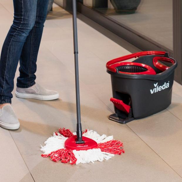 Poznaj prosty sposób czyszczenia podłóg!