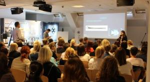 Pierwsza w tym roku warszawska edycja Studia Dobrych Rozwiązań za nami! Do Stolicy przyjechaliśmy tym razem z odrobinę innym programem niż dotąd – skupiliśmy się na rozwiązaniach do strefy dziennej oraz do łazienki. Naszym gościem specjalnym
