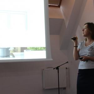 Magdalena Tomkiewicz z firmy Peka razem z Anitą Łopatką opowiadały o systemach do nowoczesnej kuchni.