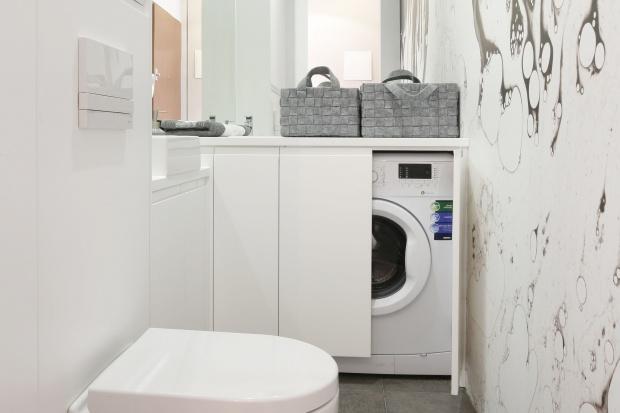 Łazienka z pralką - 10 najlepszych pomysłów architektów