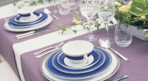 Serwis Marianne Royal Blue od Fyrklövern to elegancja królewskiego błękitu.<br /><br />