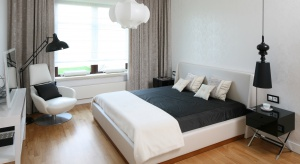 Wygodny materac, dobra ochrona przed światłem - to główne czynniki decydujące o jakości naszego snu i wypoczynku. Nie bez znaczenia jest także odpowiednia aranżacja sypialni.