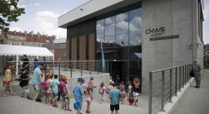 2 lipca pierwsi zwiedzający przekroczyli próg Centrum Konserwacji Wraków Statków w Tczewie – nowej filii Narodowego Muzeum Morskiego w Gdańsku. CKWS to pracownie konserwatorskie, magazyn studyjny, miejsce nauki i zabawy, a przede wszystkim poznania