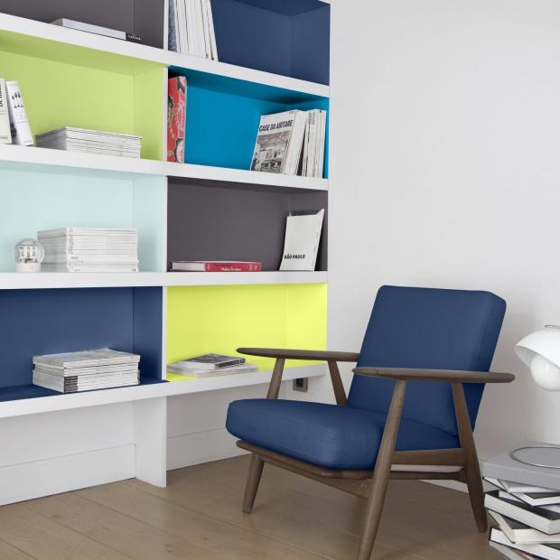 Malujemy mieszkanie - modne farby zefektemsatynowym