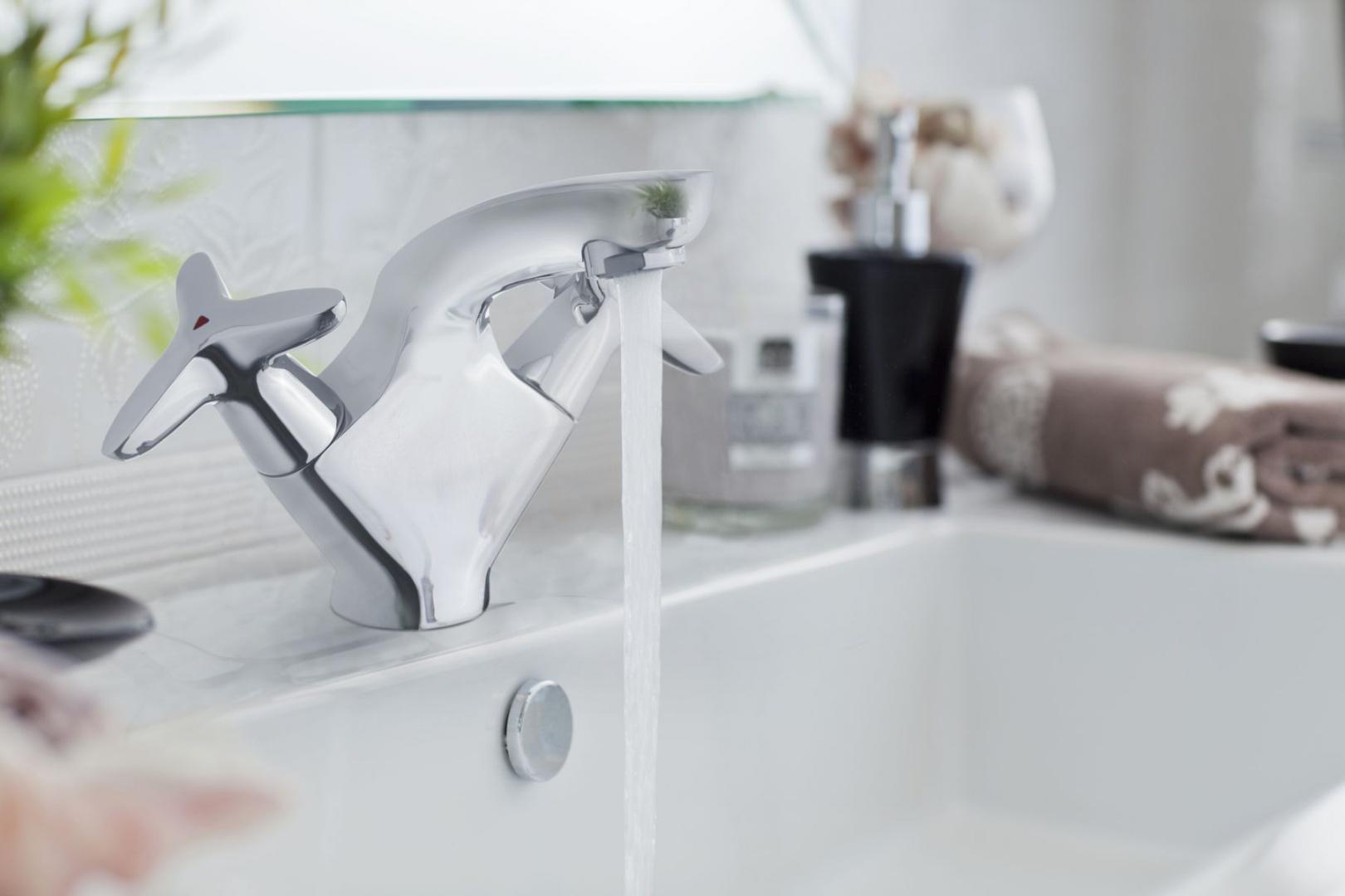 Bateria umywalkowa Purani Exe firmy Invena