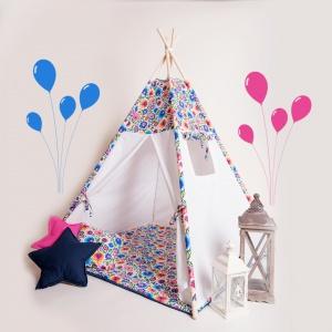 Tipi to doskonały pomysł na wykorzystanie dziecięcej wyobraźni do zabawy, miejsca do czytania czy stworzenie przytulnego miejsca do odpoczynku. W zestawie: namiot tipi z okienkiem, 4 kije, bawełniana torba na tipi. 349 zł, DaWanda.pl / tipi.tu.