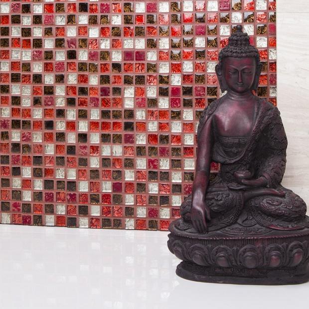 Materiały na ściany - zobacz mozaikę w kolorze rubinu