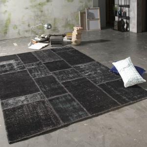 Dywan New Life Black. Fot. Epic Carpets