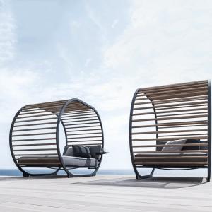 Meble outdoorowe Cradle - projekt dla marki Gloster. Fot. archiwum Henrika Pedersena.