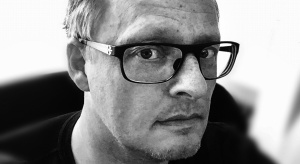 Jeden z najbardziej uznanych duńskich projektantów wzornictwa przyjedzie w grudniu do Polski. Designer, współpracujący m.in. z marką BoConcept, weźmie udział w wydarzeniuorganizowanym przez magazyn Dobrze Mieszkaj.